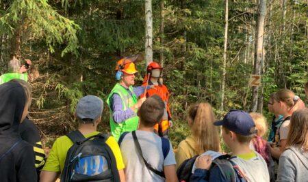 6.a klase piedalījās Meža ekspedīcijā